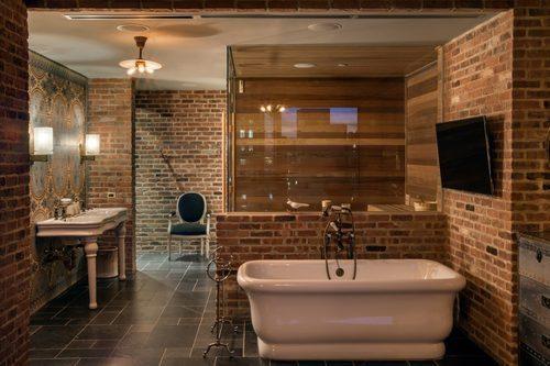 Alex birkenstock loves penthouse apartments now you can - Salle de bain loft new yorkais ...